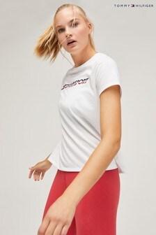 تي شيرت رياضي بشعار الماركة منTommy Sport