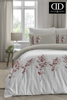 Oriental Flower Duvet Cover and Pillowcase Set by D&D