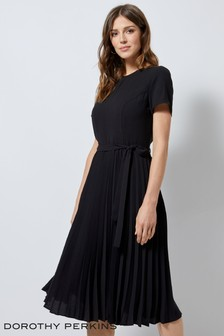 Dorothy Perkins Short Sleeve Pleated Skirt Dress