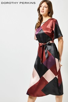 Vestido a media pierna colour block de Dorothy Perkins