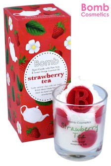 Bomb Costmetics Strawberry Tea Piped Candle