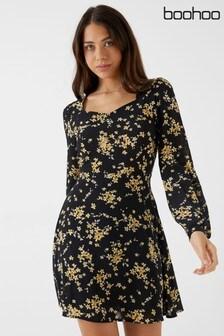 Boohoo Ditsy Floral Skater Dress