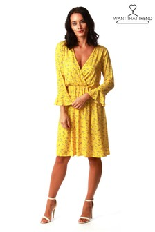 Want That Trend Bell Sleeves Ditsy Print Dress