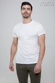Broken Standard T-Shirt mit Rundhalsausschnitt