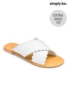 Simply Be Leder-Slider mit überkreuzten Riemen mit Wellensaum, Extraweite Passform