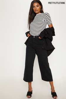 PrettyLittleThing Wide Leg Cropped Jeans