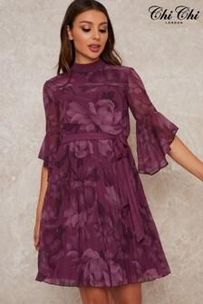 Chi Chi London Laurelee Printed Chiffon Midi Dress