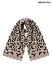 Alice Hannah Leopard Print Knit Scarf