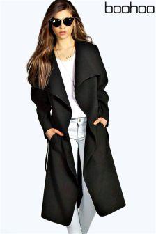 معطف بياقة وحزام من Boohoo