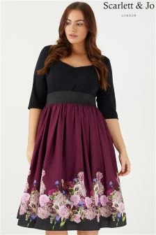 Scarlett & Jo Sweetheart Neckline Floral Dress
