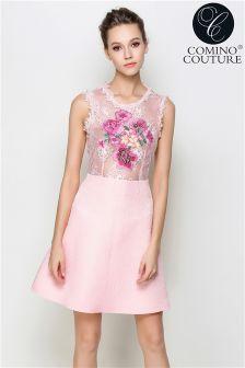 Rochie Comino Couture cu broderie amplă