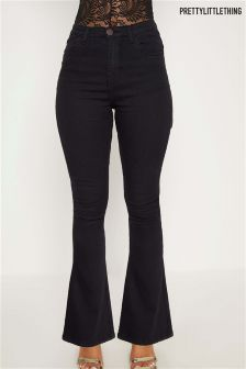 PrettyLittleThing Flare Jeans