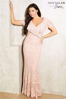 فستان ماكسي دانتيل بالكامل بكشكشة بكتف ساقط من Sistaglam Loves Jessica