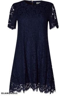 שמלת תחרה בגזרת A של Glamorous Curve