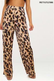 PrettyLittleThing Leopard Print Wide Leg Trousers
