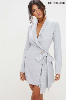 PrettyLittleThing Checked Blazer Dress