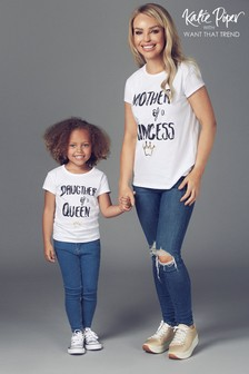 Want That Trend Mummy And Me T-Shirt mit Queen-Slogan