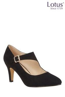 حذاء من Lotus