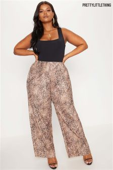 PrettyLittleThing Plus Leopard Print Wide Leg Trouser