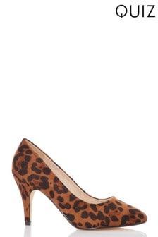 Quiz Low Heel Almond Toe Courts