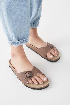 Forever Comfort Single Strap Footbed Sandals