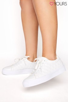 Yours Quilted Detail Trainer