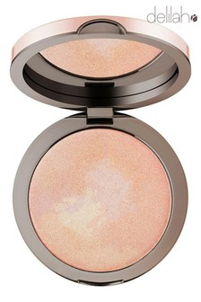 delilah Pure Light Illuminating Powder
