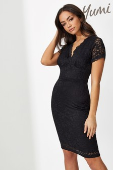Yumi Fitted Back Detail Lace Dress