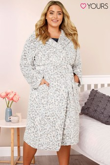 Yours Curve Animal Print Hooded Robe
