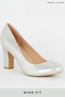 New Look Wide Fit Shimmer Block Heel Court