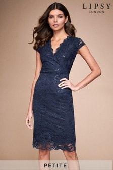 שמלה צמודה עם מחשוף וי בשילוב פאייטים ותחרה במידת Petite שלLipsy