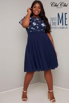 Chi Chi London Curve Novah Dress