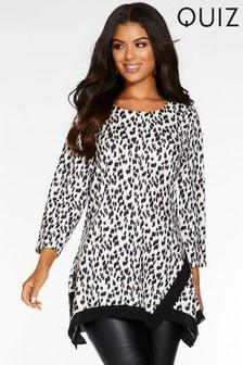 Quiz Leopard Print Light Knit Contrast Hem Top