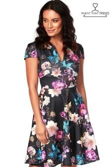 Kvetované skater šaty Want That Trend Marigold so slzičkovým výstrihom
