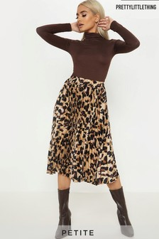 PrettyLittleThing Petite Leopard Print Pleated Midi Skirt