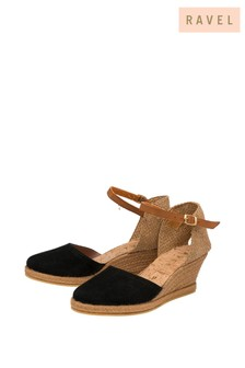 حذاء خفيف سهل اللبس جلد منRavel
