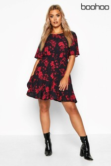 Boohoo Plus Tiered Woven Smock Dress