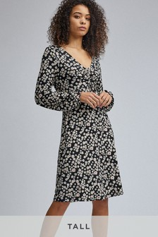 Dorothy Perkins Tall Ruched Front Floral Fit And Flare Dress
