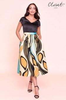 Closet Full Skirt V neck Dress