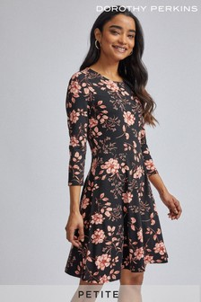 Dorothy Perkins Petite Floral Jersey Fit And Flare Dress