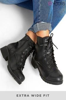 Yours Alpha Stud Rand Toe-Cap Combat Boots