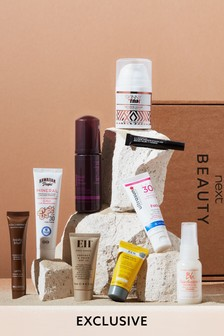 Summer Staycation Beauty Box (Worth Over £65)
