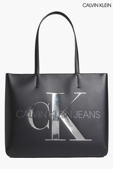Calvin Klein Sculpted Shopper Bag