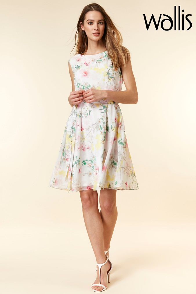 Womens Wallis White Floral Fit & Flare Dress -  White