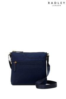 Mała torebka na długim pasku z suwakiem i kieszonką Radley London Essentials