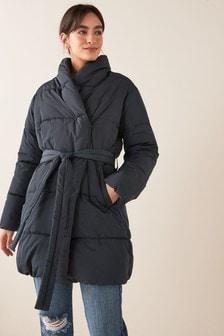 Утепленная куртка с ремнем