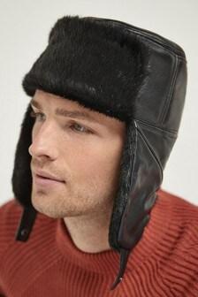 قبعة Ushanka