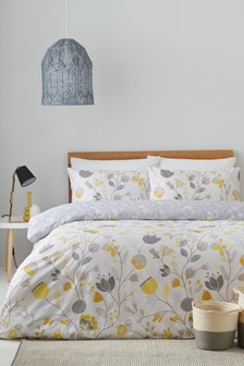 Scandibloom Duvet Cover and Pillowcase Set by Furn