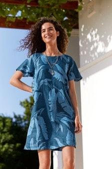 Льняное платье с короткими рукавами