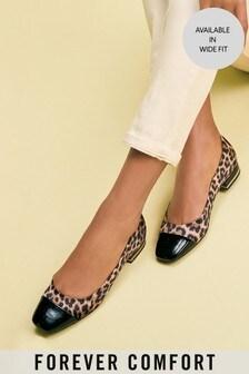 حذاء طراز باليرينا محدد عند الأصابع من مجموعة®Forever Comfort